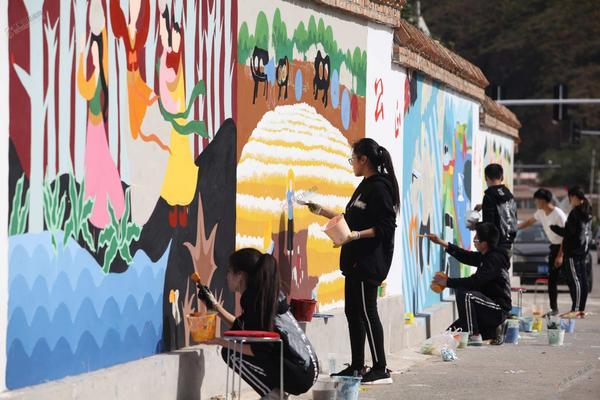 创意墙绘 耿俊 摄