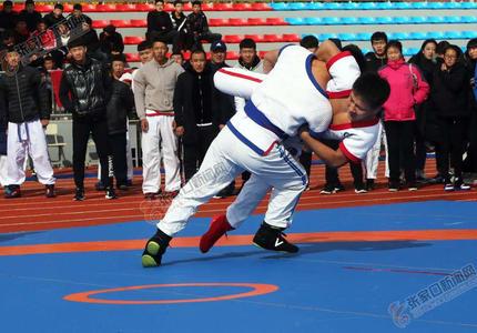 全国中国式摔跤精英赛在沽源举行