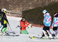 崇礼备战滑雪季  雪场敲定开板日