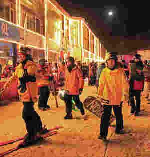 万龙雪场定制夜滑开启