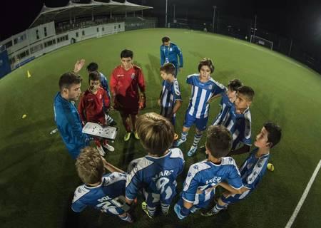 精彩!一场世界级少年足球赛开赛!