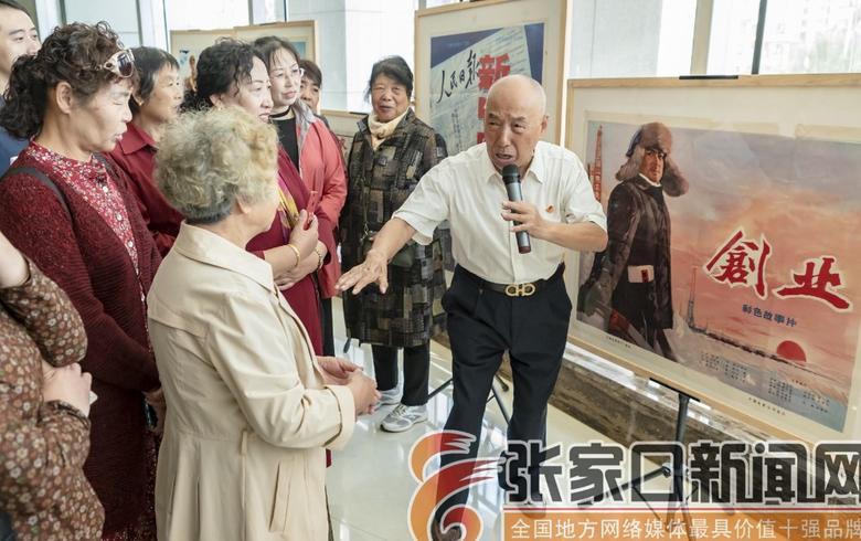 百部红色电影海报 讲述新中国红色故事