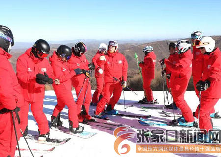 pt电子疯狂乐透乐天堂fun88手机平台崇礼:万龙滑雪场今日开滑