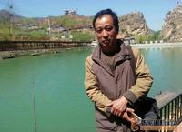 麻学峰和他的山水画