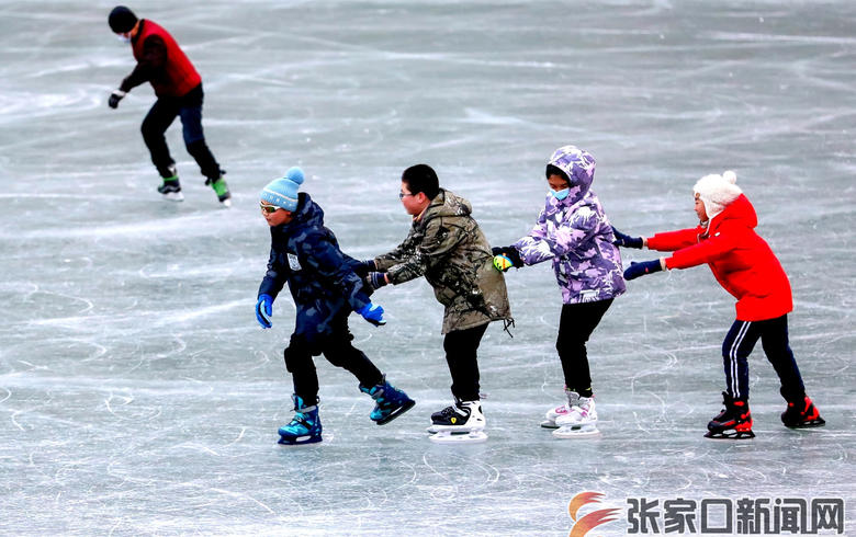 冰雪运动热张垣