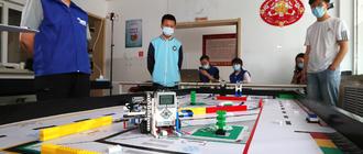 青少年機器人競賽感受科技魅力